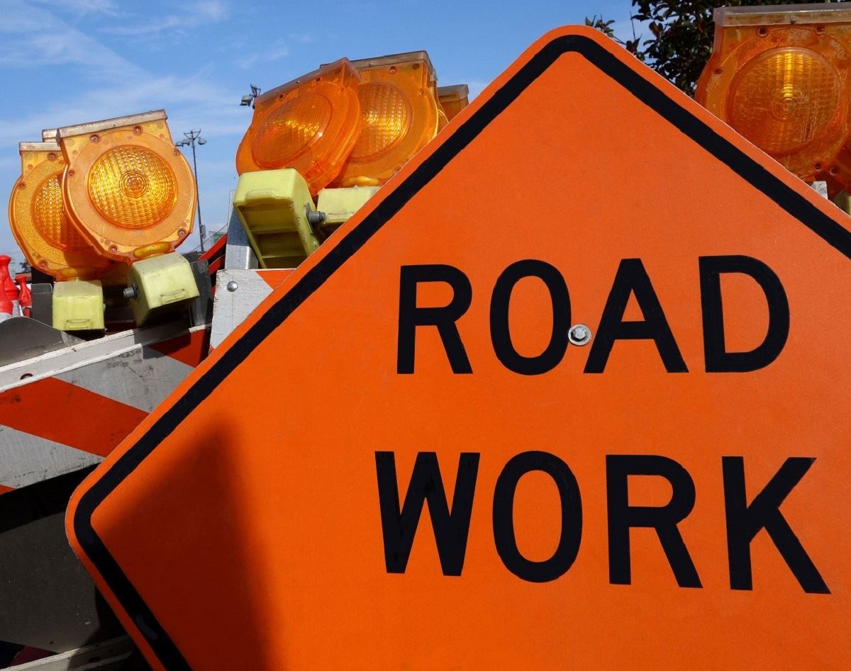 Road work close